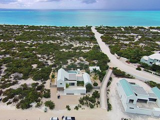 Sunset Beach Villas 7, Sleeps 6, Grace Bay