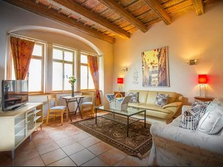 St. Nicolas/ Charles Bridge 5 Star Luxury Home, Prague
