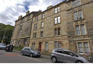 EDINBURGH Apartment .HOLIDAY/FESTIVAL RENT CENTRAL SELF CONTAINED FLAT.