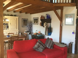 Charming 3 bedroom village house and stunning view, Saissac