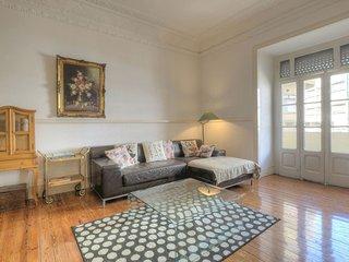 Zaire Terrace apartment in Pena with WiFi, privéterras & balkon.