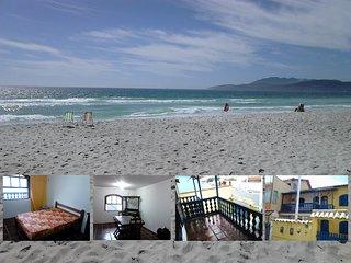 Casa do Foguete, a praia logo ali, é pé na areia !, Cabo Frio