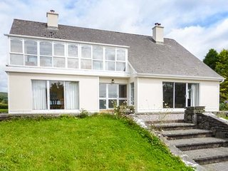 ROUGHTY BRIDGE VIEW, detached, open fires, off road parking, gardens nr Kenmare,