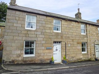 BOTTLE COTTAGE, semi-detached, pet-friendly, walks from the door, near Alwinton, Ref 941013