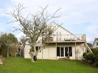 SUMMERFIELD HOUSE, spacious house, balcony, good touring base, pet-friendly, in Gorran Haven Ref 936577