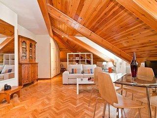 Latina VII apartment in La Latina {#has_luxurious…, Madrid