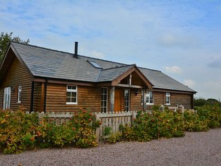 29013 Log Cabin in Chester, Tarporley