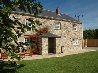 TBART House in Padstow, Treator