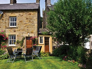 PK881 Cottage in Hartington, Leek