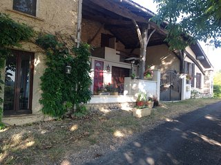 2 Bedroom charming ancient farmhouse