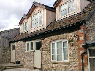 DOLLY Cottage in Bath, Marshfield