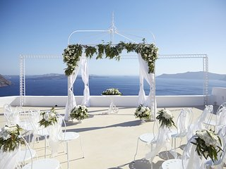The Diamond Rock Venue - Weddings, Oia