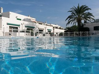 TENERIFE NICE QUIET appt.25m swimming pool CLOSE TO THE SEA, Costa del Silencio
