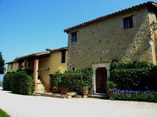 Palazzo di Bagnaia, Casa di Scoccia