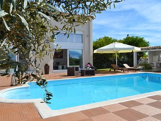 Luxurious villa Marina with amazing swimming pool in Nafplio