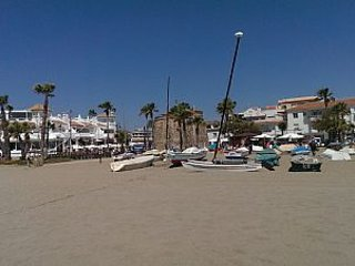 Estudio al lado de la playa y comercios, La Cala de Mijas