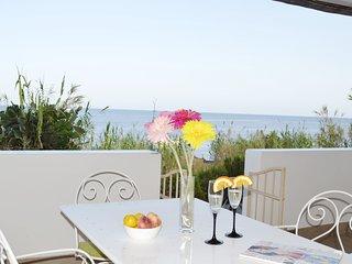 Casa Ginestra sulla spiaggia di Stromboli