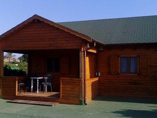 Finca en Denia, con casita de madera y piscina