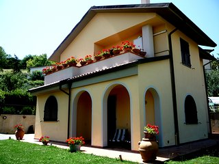Casa Mangiavino, Chianni