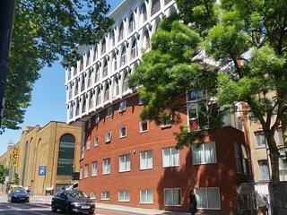 Access Farringdon, Three-Bedroom Apartment, London