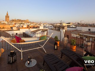 Zaragoza Terrace | 3 bedrooms, 3 bathrooms, Seville