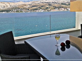 "Penthouse with sea view ""Bouvier Green"", Pag"