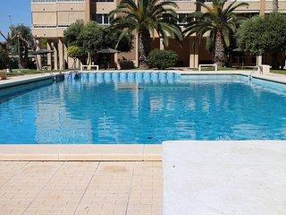Apartamento ideal para familia con piscina y playa, Alicante