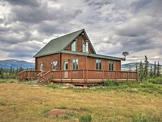 1BR Fairplay Log Cabin on 615 Private Acres!