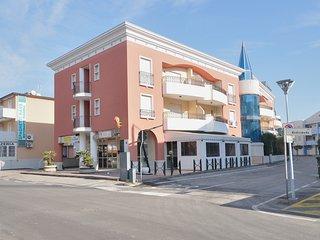 Moderno bilocale 4 posti letto, comodo al centro di Bibione
