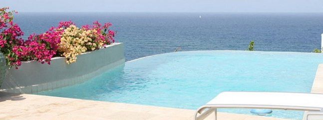 Villa Bougainvillea 4 Bedroom SPECIAL OFFER, Philipsburg