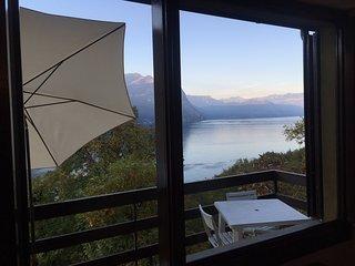 Casa vista lago in residence con Piscina