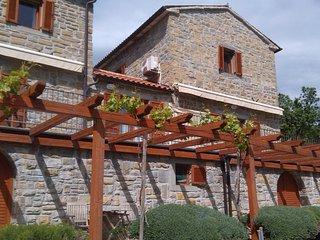 ISTRIAN STONE HOUSE PADNA, Secovlje
