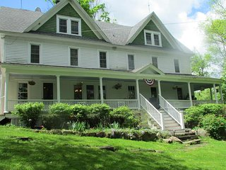 Bethel Pastures Farm Bed & Breakfast, Jeffersonville