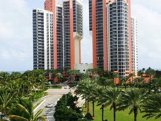 Gorgeous One Bedroom on Sunny Isles