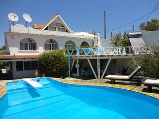 VILLA WITH POOL 200M FROM THE BEACH TWO SEPARATE LEVELS