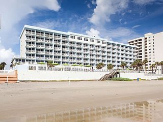 Daytona 500, 2017 feb.19-26 1bedroom for rent