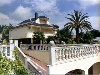 Villa para 12 personas con piscina, jacuzzi, sauna