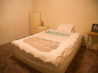 Cozy room near Caltrain & Downtown