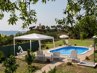 Villa Vrelo-Five Bedroom VIlla with Private Pool, Dubravka