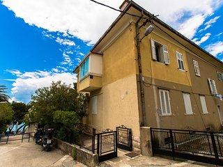 6060 A1(2+4) - Makarska