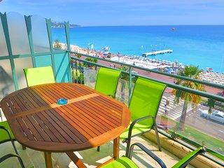 Ashley&Parker-PALAIS DE FRANCE VUE MER-On the Promenade des Anglais with terrace