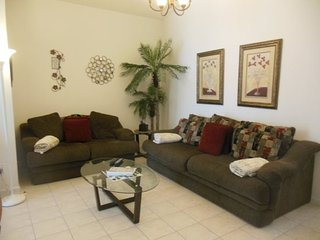 Stunning 3 Bedroom 2 Bath Pool Home Located in the Gated Mission Park. 3126ED, Clermont