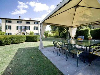 Villa Clara Vacation Rental in Lucca