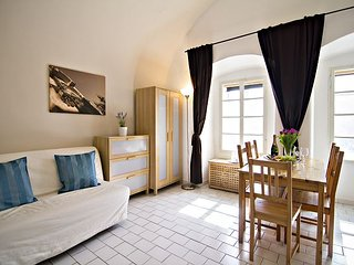 LORETA - 2 BR only 1min walk from Prague Castle
