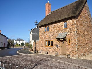 BOWSB Cottage in Crediton, Copplestone