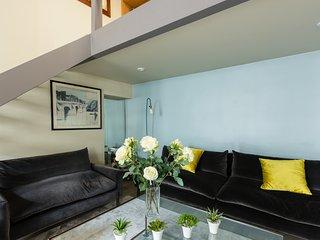 Verneuil flat, Paris