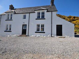 SU301 Cottage in Lochinver, Little Loch Broom