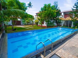 Casa Hikka Villa 5 Bed Rooms With Swimming Pool, Hikkaduwa