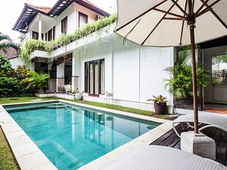 Villa Alice 2 Bedroom. Seminyak Square. Central