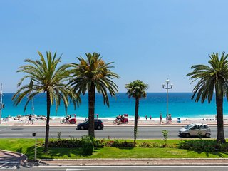 Beautiful apartment by the sea front, Nizza